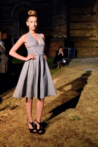"""""""The Cocktail Dress is Back!"""" dressed by """"Waahnsinn Berlin"""", photographer Pasquale Scerbo Sarro"""